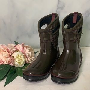 Bogs Womens Classic Winter Rubber Boot Size 6 New